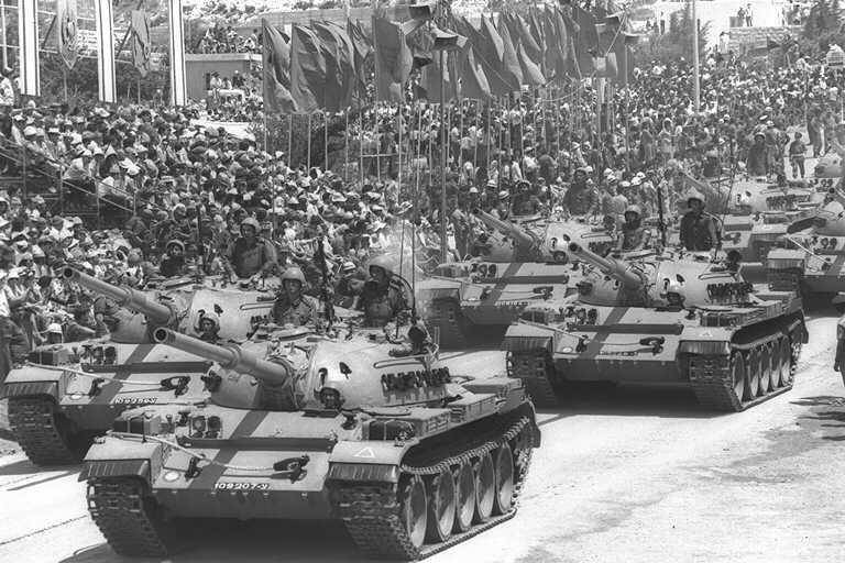 Рисунки на советских танках