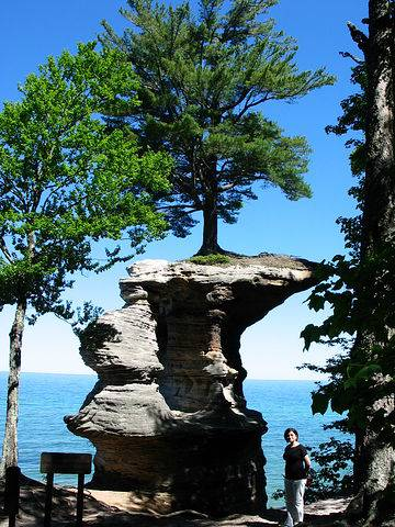 Chapel Rock со стороны берега