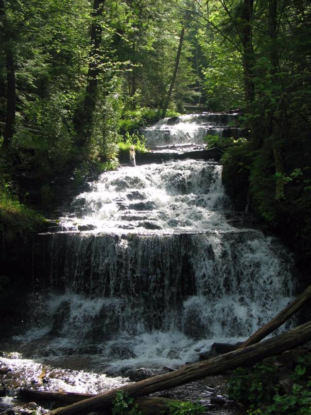 Водопад Wagner Falls