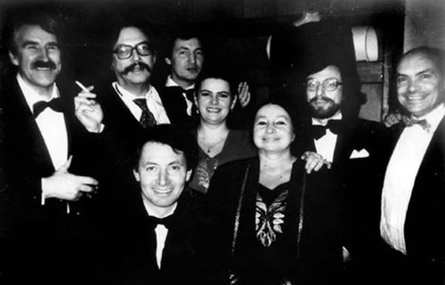 Часть вокальной группы ансабля «Мадригал»