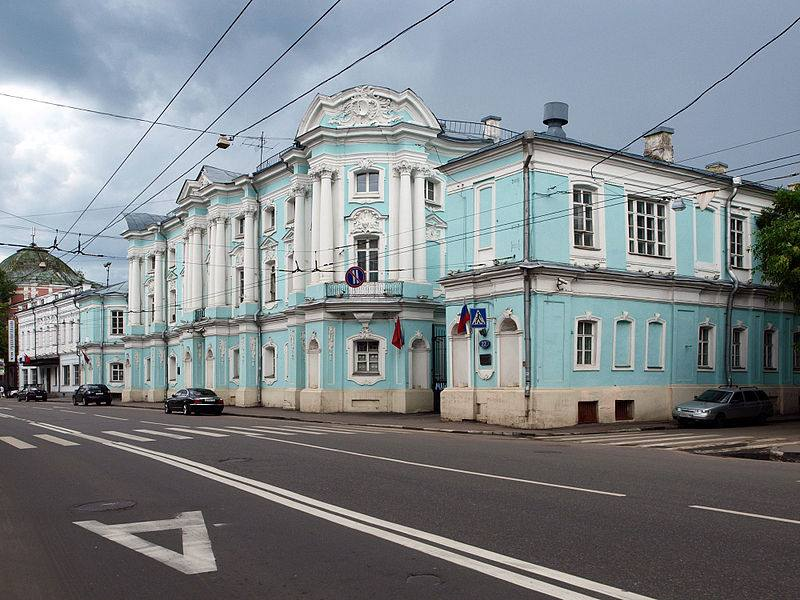 Дом-комод, ул. Петровка д. 22
