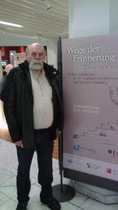 Клаус Дёнекке на открытии выставки в Дюссельдорфе памяти жертв Бабьего Яра, январь 2017