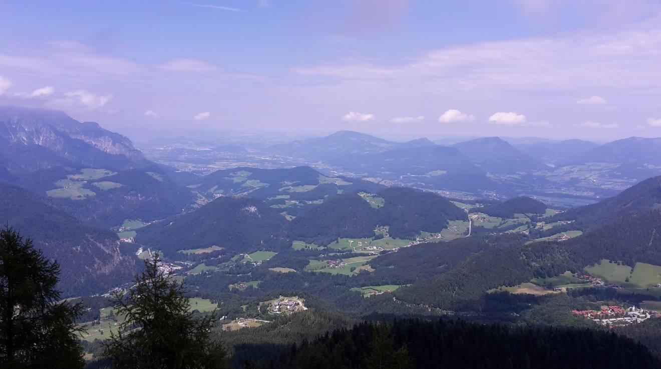 Взгляд на Австрию из Орлиного Гнезда
