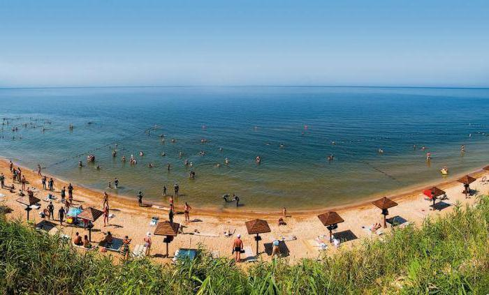 Вид на Таманский пляж