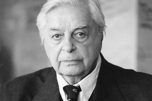 Ю. Любимов