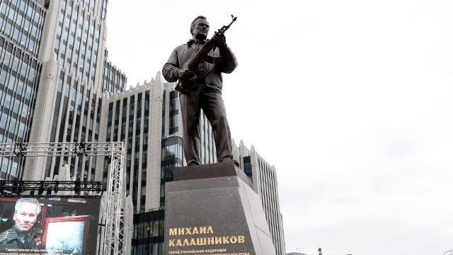 Лев Мадорский, Борис Геллер: Королевство плагиата, лжи и кривых зеркал