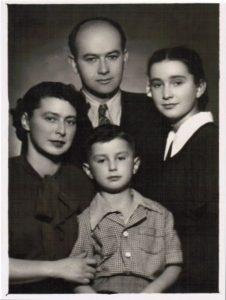 Вся семья Хайтовских. 1958 г.