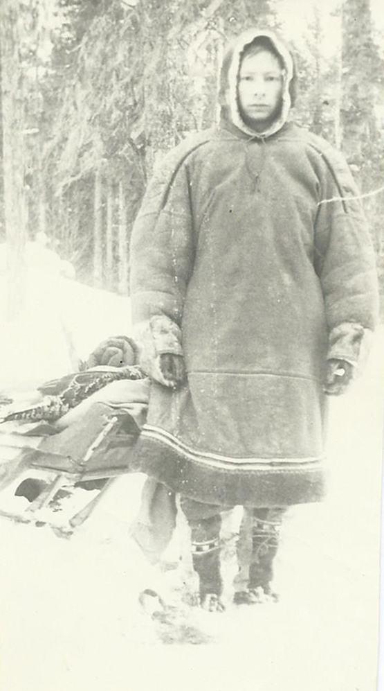 Фото из того похода: Володя Вахрушев в малице