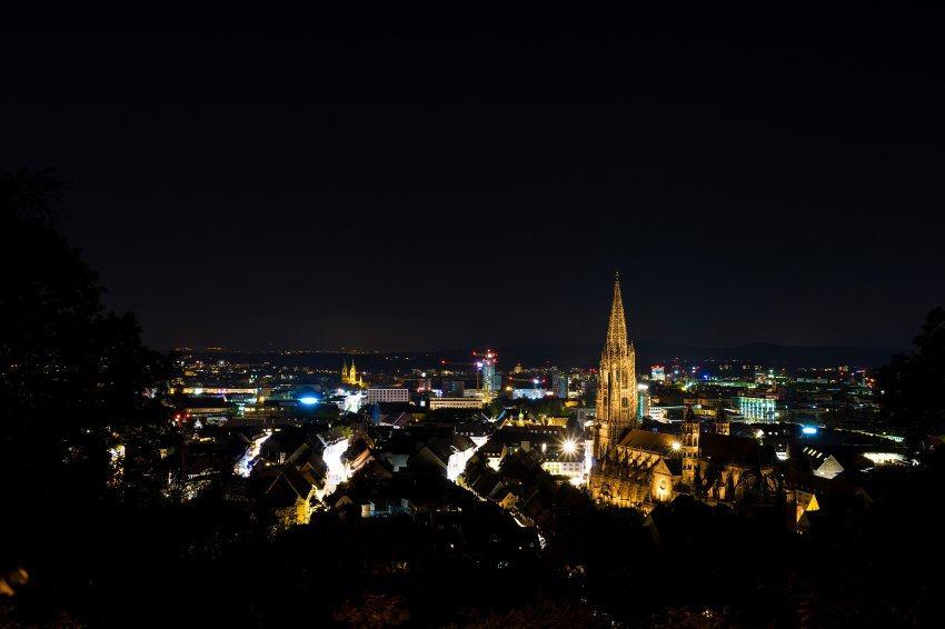 Феликс Бор, Сара Хайди Энгель: Опять изнасилование во Фрайбурге. Город на пределе…
