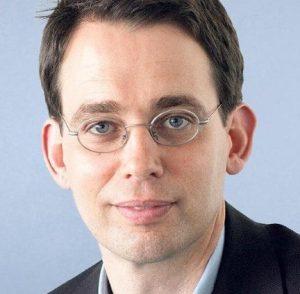 [Дебют] Клеменс Вергин: Кто сравнивает Голаны с Крымом, тот ленив умом. Перевод Леонида Комиссаренко