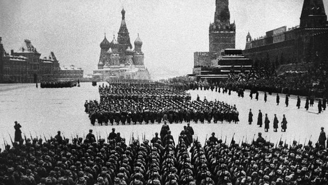 Лев Мадорский: Парад изменивший историю, или Когда нужны тираны